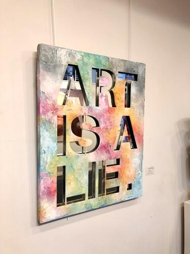 SERIE FULL PAINTED COLORS - Art is a Lie - fond miroir, 2021